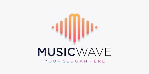 Buchstabe m mit puls. musikwellenelement. logo-vorlage elektronische musik, equalizer, laden, dj-musik, nachtclub, disco. audio-wellen-logo-konzept, thematische multimediatechnologie, abstrakte form.