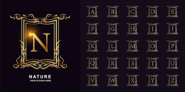 Buchstabe n oder sammlungsinitialalphabet mit goldener logo-schablone des luxusornamentblumenrahmens.