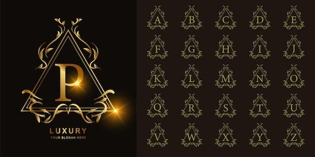 Buchstabe p oder sammlungsanfangsalphabet mit goldener logoschablone des luxuriösen ornamentblumenrahmens.