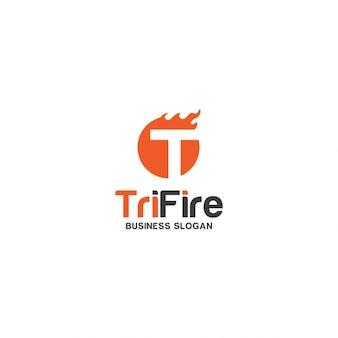 Buchstabe t mit feuer-logo