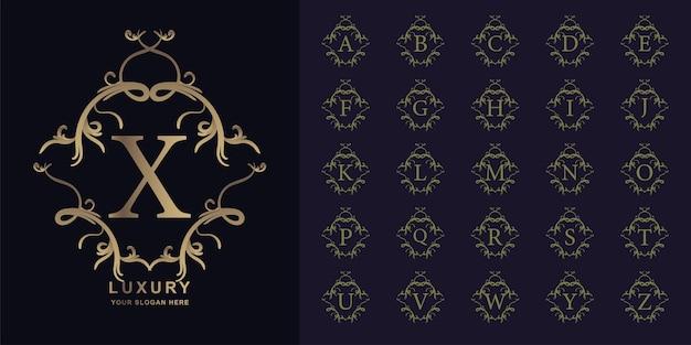 Buchstabe x oder sammlungsinitialalphabet mit goldener logoschablone des luxusornamentblumenrahmens.
