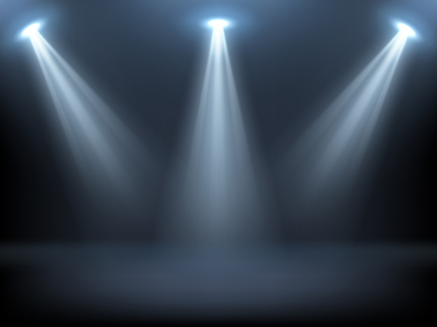 Bühne von scheinwerfern beleuchtet