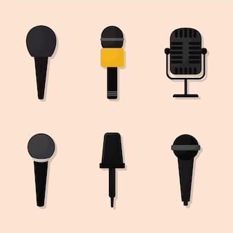 Bündel von mikrofonsymbolen über beigem hintergrund
