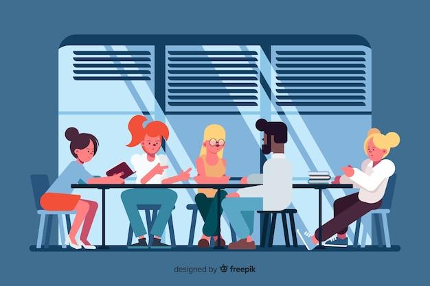 Büroangestellte, die zusammen veranschaulicht gedanklich lösen