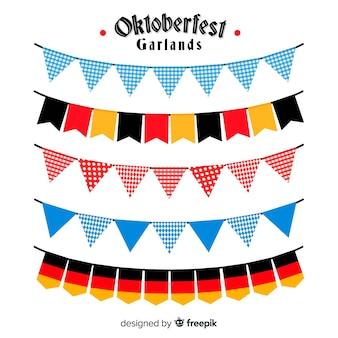 Bunte Girlandensammlung Oktoberfests im flachen Design