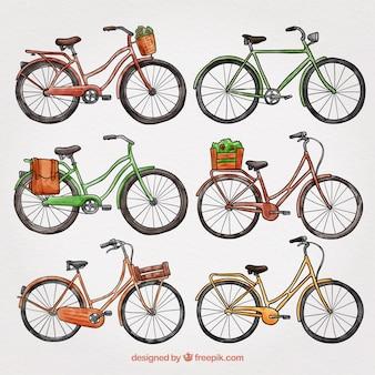 Bunte packung von hand gezeichneten fahrrädern