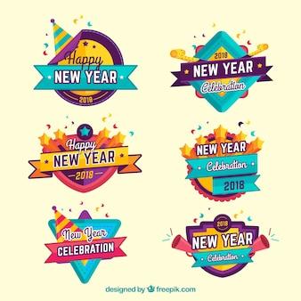 Bunter satz von sechs abzeichenabzeichen des neuen jahres 2018