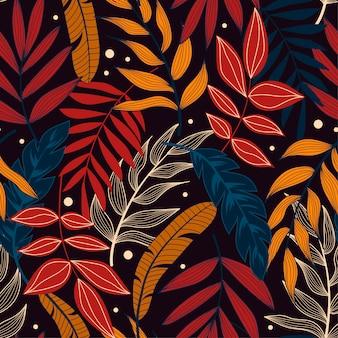 Buntes nahtloses muster mit tropischen pflanzen und blättern