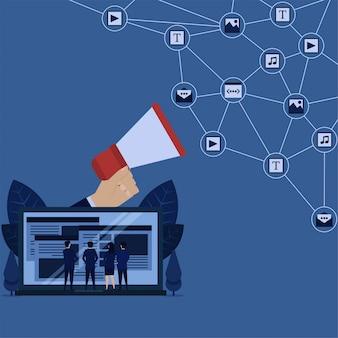 Business content management und promotion von laptop und netzwerk aus videos, bildern, texten, musik.