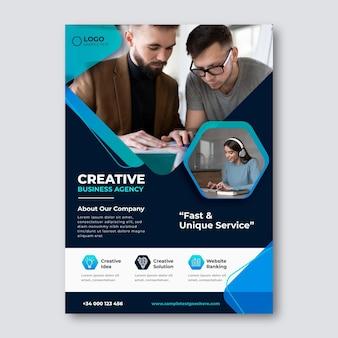 Business-flyer-vorlage mit farbverlauf mit foto