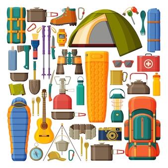 Camping- und wanderausrüstung. sammlung mit zelt, rucksack schlafsack und pad