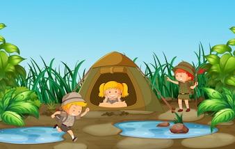 Campingkinder in der Natur