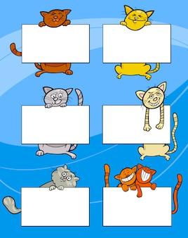 Cartoon-katzen mit board oder karten-set