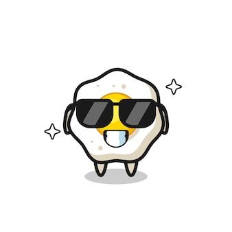 Cartoon-maskottchen aus spiegelei mit cooler geste, süßes design für t-shirt, aufkleber, logo-element