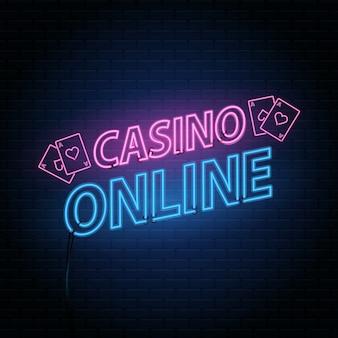 Casino online, neon schriftzug auf backsteinmauer hintergrund mit dem alphabet.