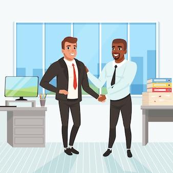 Chef gratuliert mitarbeiter zur karriereförderung. erfolgreicher deal. geschäftsleute, die hände im büro schütteln. fenster, tabelle, monitor, stapel papierkram und ordner auf hintergrund