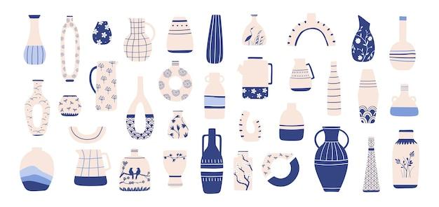 Chinesische porzellanvase. antike blaue chinoiserie-keramik mit orientalischem muster. china vasen, krüge, teekannen und gläser für den innenbereich, vektorset. illustration vase porzellandekoration, keramik antik