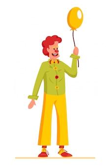 Clowncharakterentwurf mit einem roten haar, einer roten nase und einem lustigen kostüm, das gelben ballon hält.