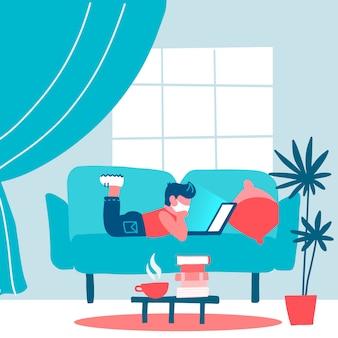 Coronavirus-quarantänekonzept. kleiner schüler, student, der an einem laptop zu hause arbeitet, der auf sofa liegt, online-lernen für kinder, studiert mit computer. verhindern sie die ausbreitung von infektionen. flache illustration