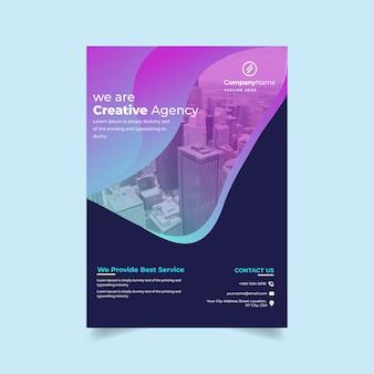 Corporate flyer mit farbverlauf
