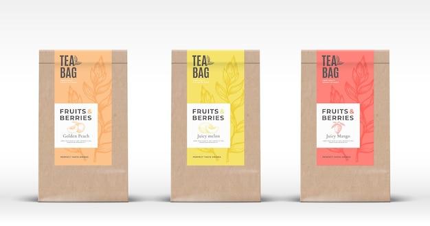 Craft paper bag mit obst und beeren tee etiketten set. abstraktes verpackungsdesign-layout mit realistischen schatten.