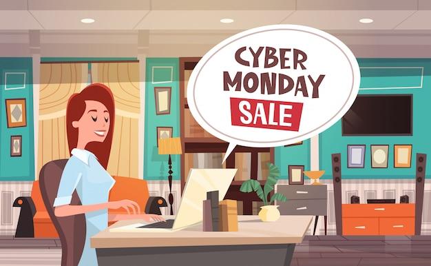 Cyber-montag-verkaufs-chat-blase über frau, die laptop-computer verwendet feiertags-rabatte fahnen-design