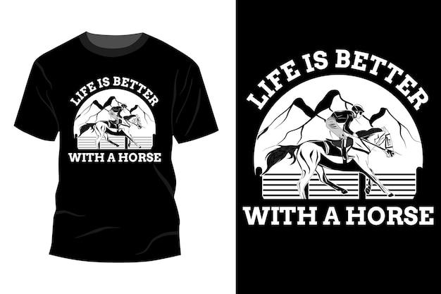 Das leben ist besser mit einer silhouette im pferde-t-shirt-mockup-design
