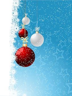Dekorativer weihnachtshintergrund mit hängenden kugeln
