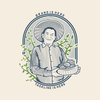 Der alte mann, der kartoffel vom bauernhofillustrationslogo mit gravurstil hält