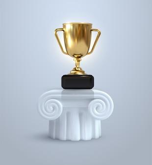 Der goldene pokal des champions steht auf einer alten säule, einem sockel. dorische säulensäule. realistische 3d-illustrationen.