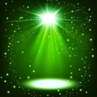 Der grüne scheinwerfer, der mit schwimmt, besprüht