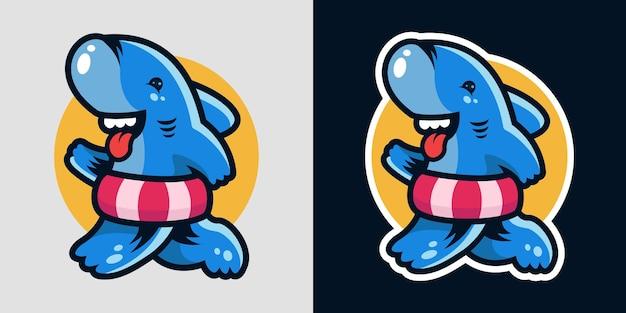 Der hai-charakter trägt einen schwimmring, um maskottchen zu schwimmen Premium Vektoren