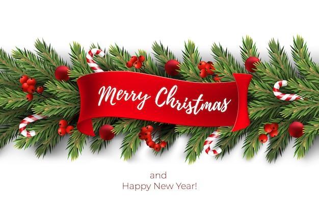 Der hintergrund des feiertags für grußkarte der frohen weihnachten mit zweigen einer realistischen girlandenkiefer, verziert mit weihnachtsbällen, zuckerstangen, rote beeren