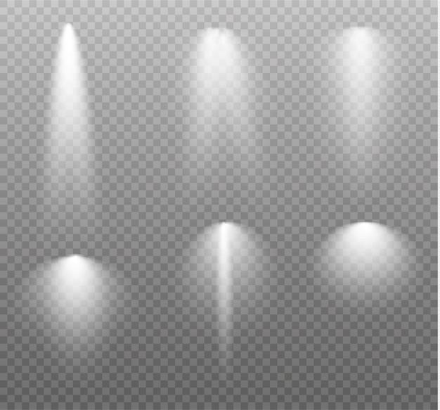 Der scheinwerfer scheint auf die bühne. licht von einer lampe oder einem scheinwerfer. beleuchtete szene.