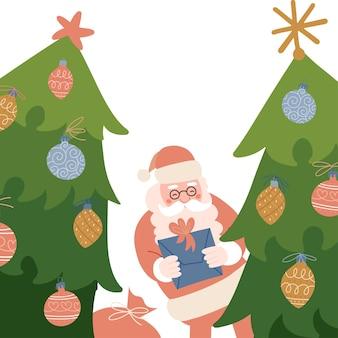 Der weihnachtsmann schaut hinter den grün dekorierten tannen hervor. weihnachtshintergrund für banner und grußkarten. alter charakter, der ein geschenk hält. vektor flache handgezeichnete illustration.
