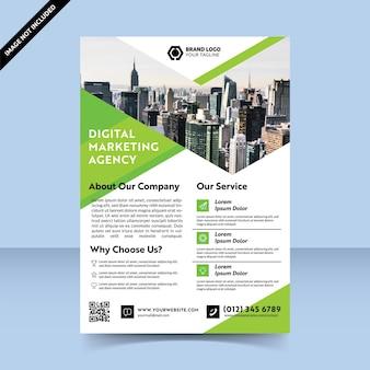 Designvorlage für grüne flyer der digitalen marketingagentur