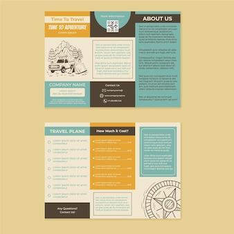 Detaillierte broschürenvorlage für abenteuer dreifach
