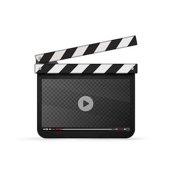Detaillierte realistische filmklöppel mit video-player-vorlage auf weiß isoliert