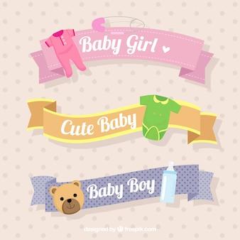 Die auswahl der dekorativen bändern mit baby-objekte