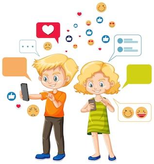 Die leute benutzen smartphone- und emoji-symbole