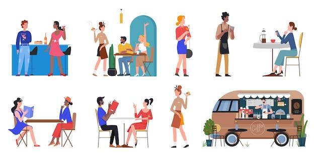 Die leute essen im café-restaurant-bar-straßenmarkt, der ein menü hält, um ein gericht zu bestellen