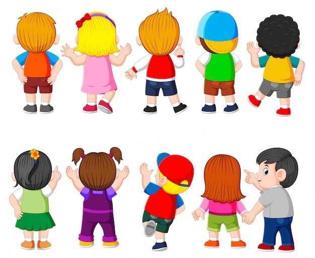 Die sammlung des kostüms des schülers mit der unterschiedlichen farbe