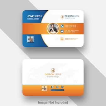 Digitale visitenkartenvorlage mit blauem und orangefarbenem farbverlauf