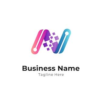 Digitales logokonzept der buchstaben-n-technologie einsatzbereit