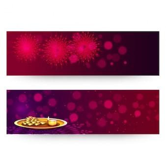 Diwali banner mit feuerwerk und glänzenden formen