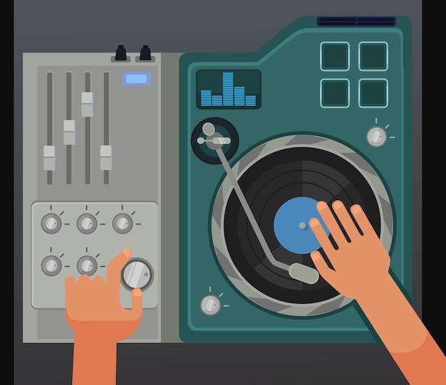 Dj-controller-mixer mit den händen. ansicht oben.