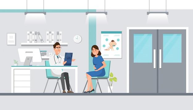 Doktor, der der schwangeren frau ultraschallblatt am krankenhaus zeigt.
