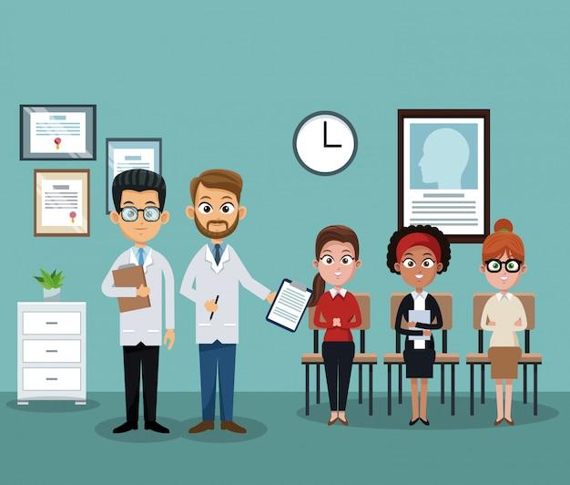Doktor im krankenhausbüro mit patienten