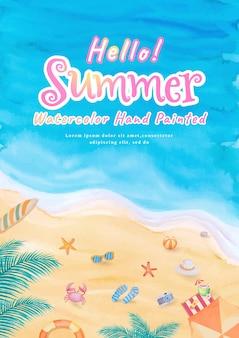 Draufsicht auf den strand ozeanwellen meer mit surfbrett, regenschirm, ball, schwimmring, sonnenbrille, hut, sandale, seestern in den sommerferien tropischer tourismus reisereise. aquarell handgemalt.