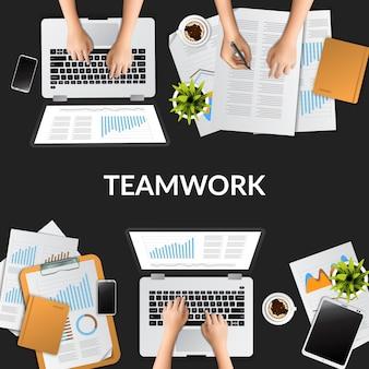 Draufsicht der sitzungsgruppendiskussions-luft mit illustrationscomputer, laptop, berichtsdatenpapier.